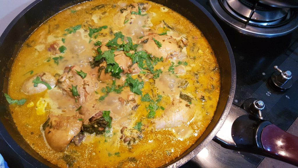 Weekend Cooking: Pressure Cooker Chicken & Chickpea Masala